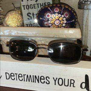 Maui Jim Windjammer sunglasses black 132-02 discon